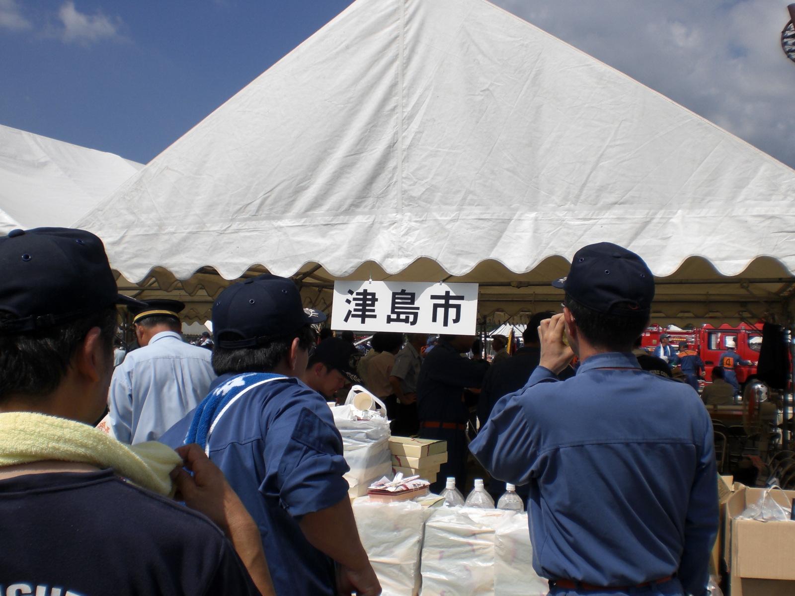 津島市のテント